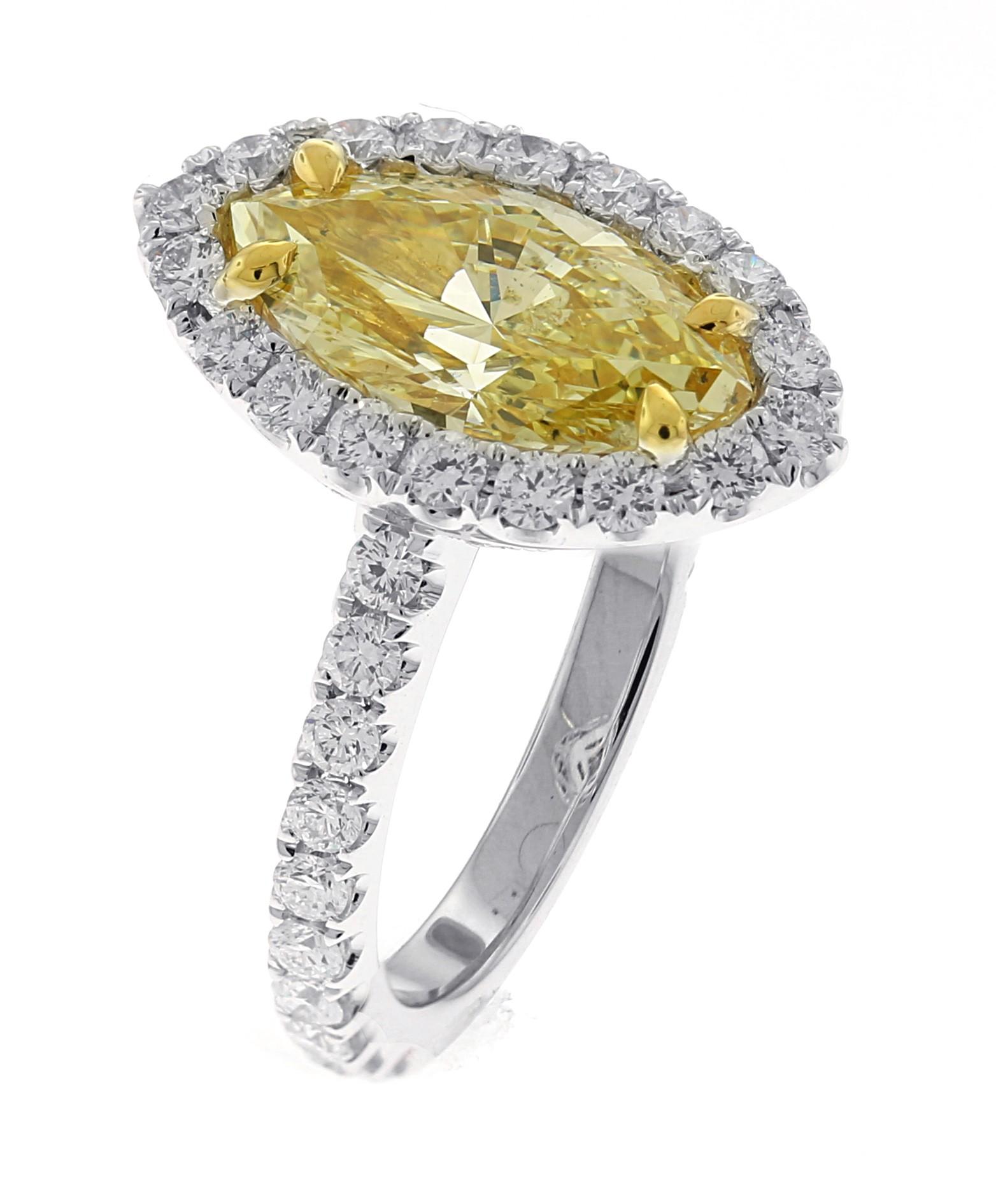 18kt White Gold GIA Certified Fancy Light Yellow Diamond Ring