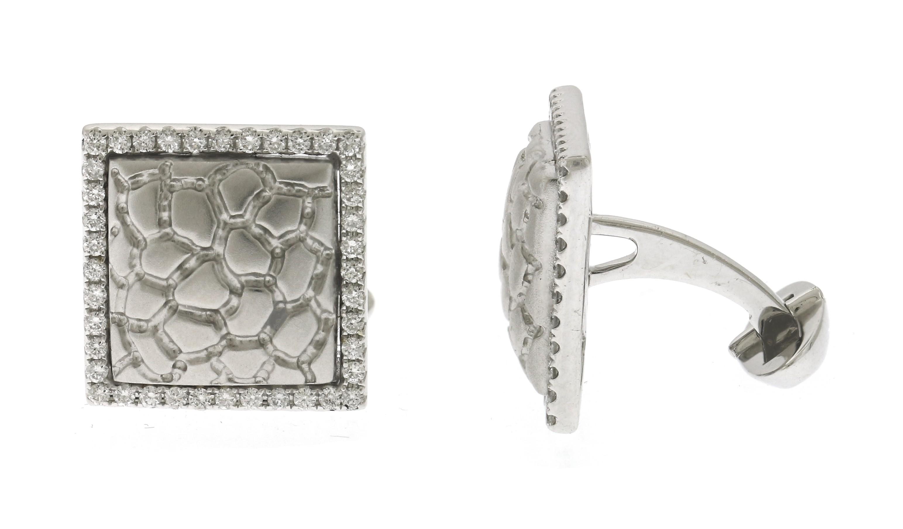 18kt White Gold Diamond Cuff Link