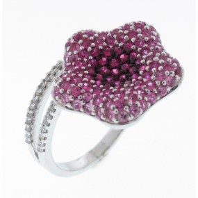 18kt White Gold Ruby And Sapphire Flower Ring