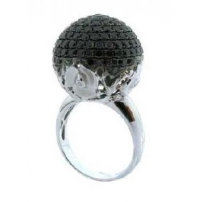 18kt White Gold Black Diamond Ring