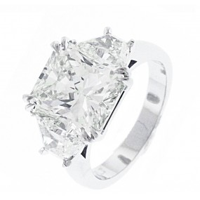 Platinum Diamond Radiant Cut Engagement Ring