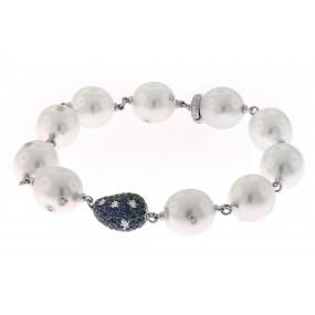 18kt White Gold Diamond And Sapphire Bracelet