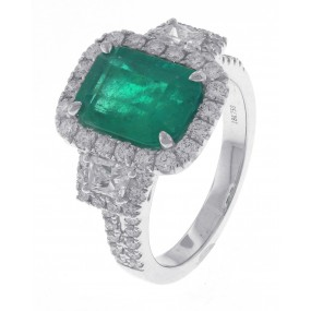 18kt White Gold GIA Certified Emerald Ring