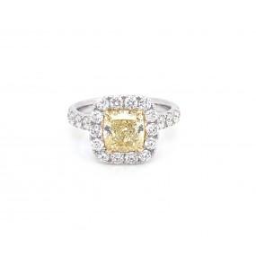 18kt White Gold GIA Certified Yellow Diamond Ring