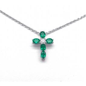 18kt White Gold Diamond And Emerald Pendant