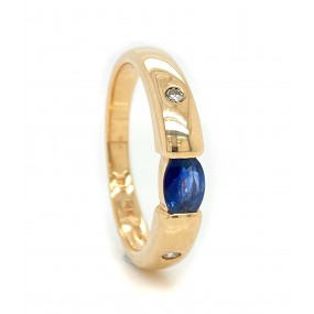 14kt Yellow Gold Diamond And Sapphire Ring