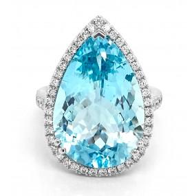 18kt White Gold Diamond And Aquamarine Ring