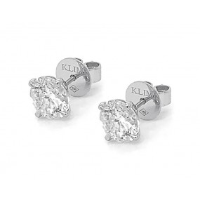 18kt White Gold Diamond Studs