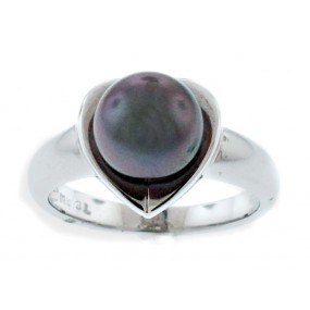 14kt white Gold Pearl Ring
