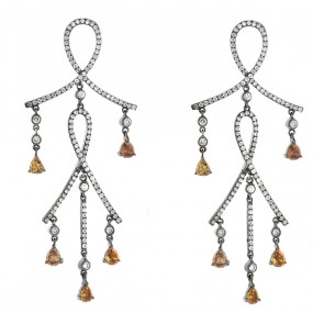 18kt White Gold Diamond Dangling Earrings